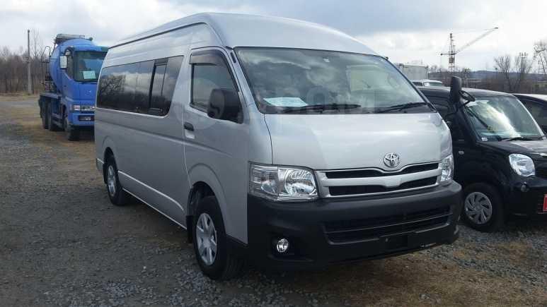 Toyota Hiace, 2012 год, 1 759 000 руб.