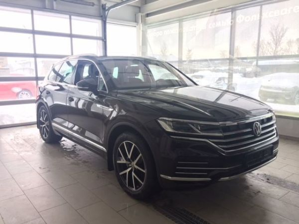 Volkswagen Touareg, 2019 год, 4 359 000 руб.