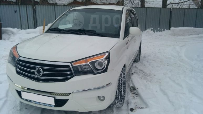 SsangYong Stavic, 2013 год, 1 020 000 руб.