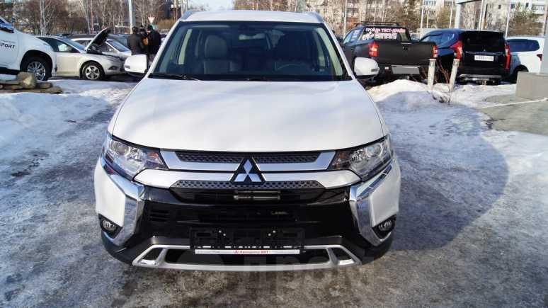 Mitsubishi Outlander, 2018 год, 1 743 500 руб.