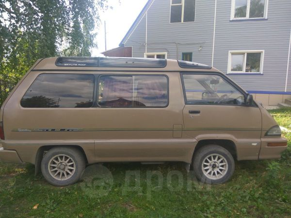 Toyota Master Ace Surf, 1989 год, 95 000 руб.