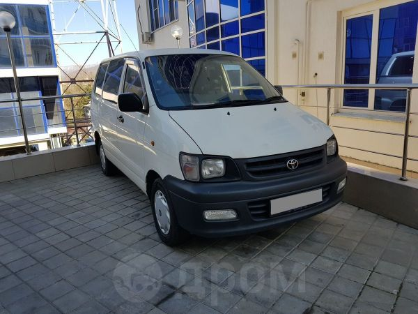 Toyota Town Ace, 2002 год, 333 000 руб.