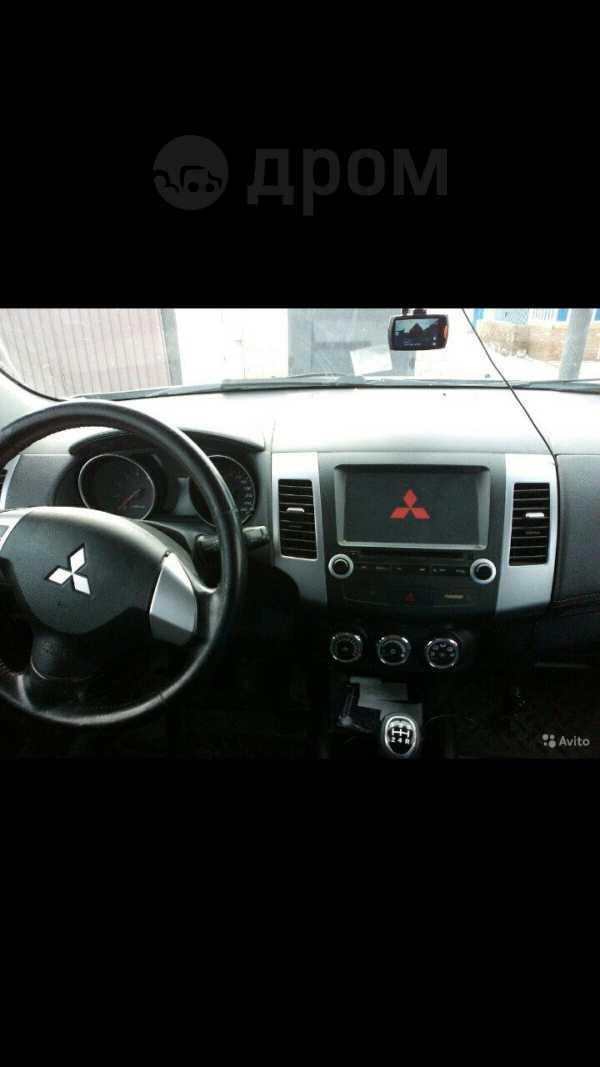 Mitsubishi Outlander, 2011 год, 710 000 руб.