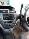 Toyota Opa, 2001 год, 320 000 руб.