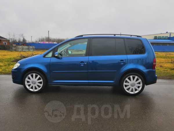 Volkswagen Touran, 2007 год, 500 000 руб.