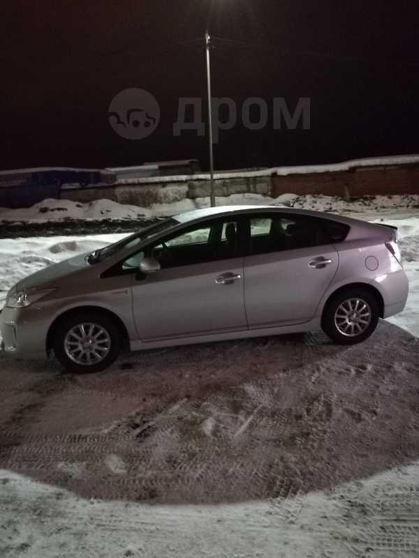 Toyota Prius, 2015 год, 1 300 000 руб.
