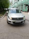 Volkswagen Tiguan, 2011 год, 505 000 руб.