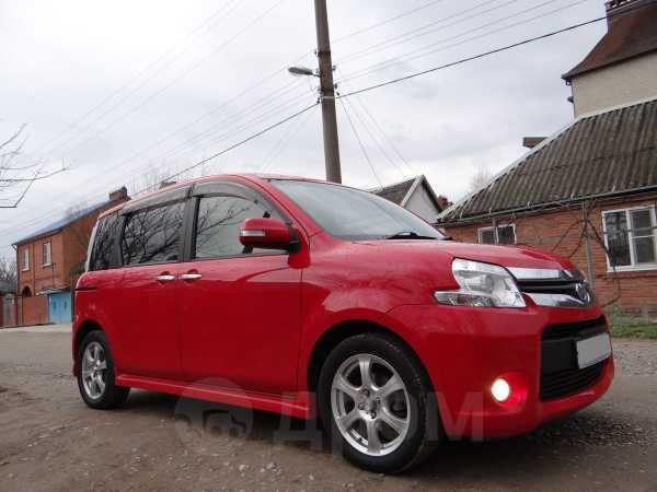 Toyota Sienta, 2012 год, 580 000 руб.