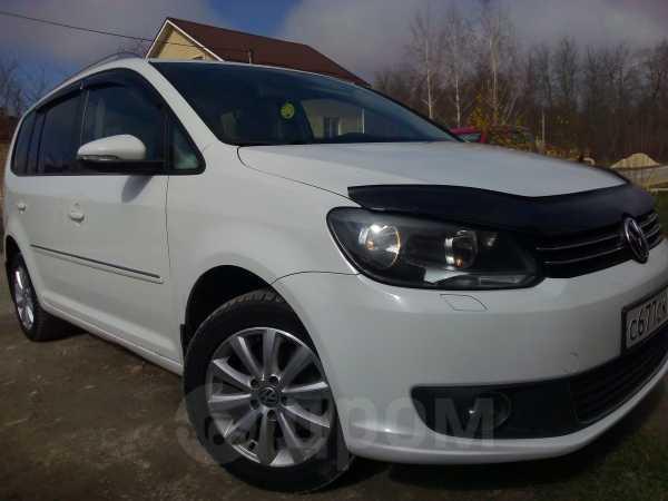 Volkswagen Touran, 2011 год, 655 000 руб.