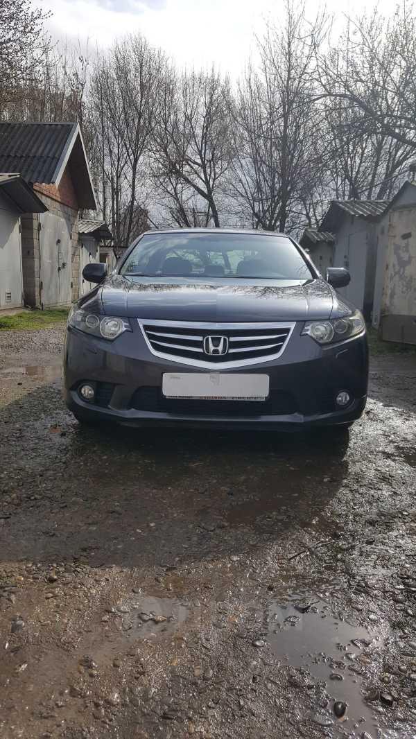 Honda Accord, 2012 год, 870 000 руб.