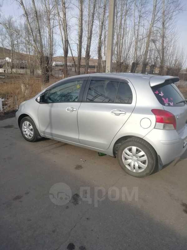 Toyota Vitz, 2009 год, 385 000 руб.
