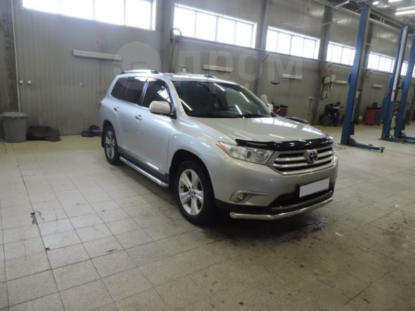 Toyota Highlander, 2012 год, 1 280 000 руб.