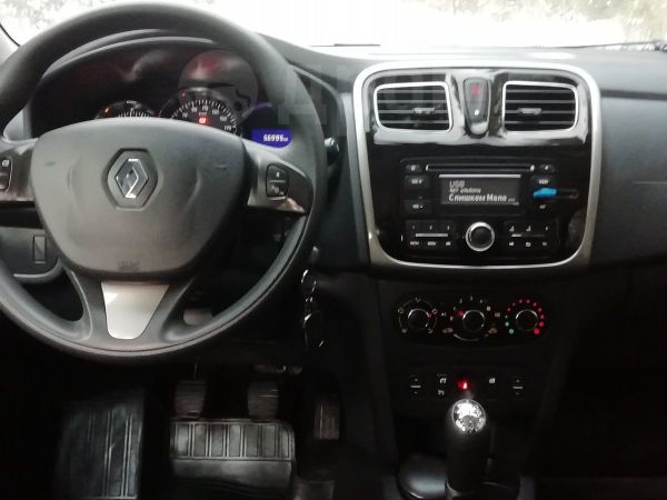 Renault Logan, 2015 год, 527 000 руб.