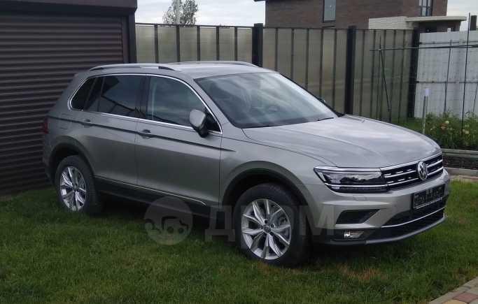 Volkswagen Tiguan, 2018 год, 2 099 000 руб.