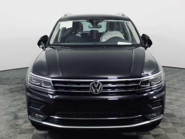 Volkswagen Tiguan, 2019 год, 2 376 300 руб.