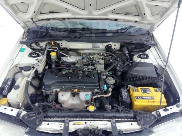 Nissan Sunny, 2001 год, 210 000 руб.