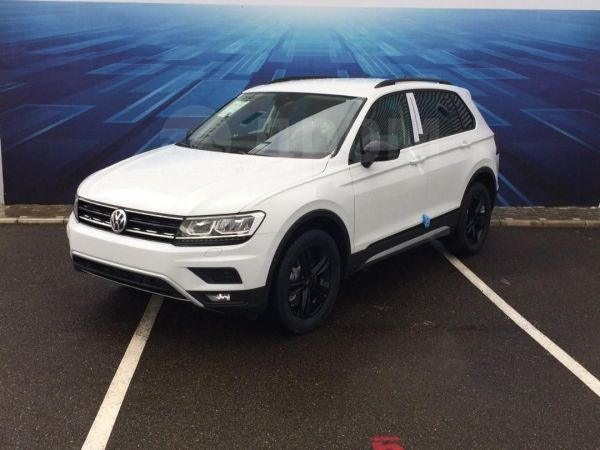Volkswagen Tiguan, 2019 год, 2 028 400 руб.