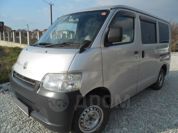Toyota Town Ace, 2014 год, 655 000 руб.