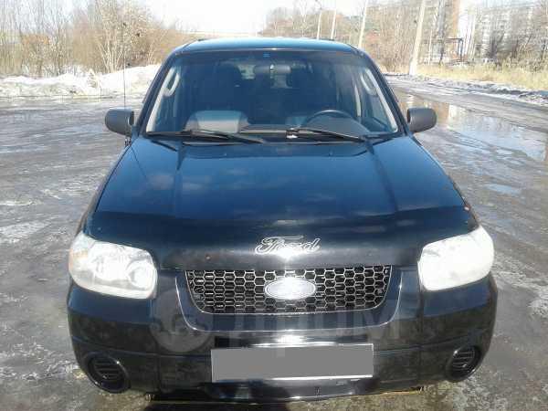 Ford Escape, 2004 год, 475 000 руб.