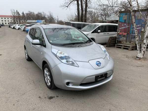 Nissan Leaf, 2011 год, 460 000 руб.