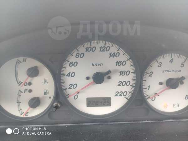 Mazda 323, 2002 год, 155 000 руб.