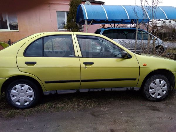 Nissan Almera, 1995 год, 100 000 руб.
