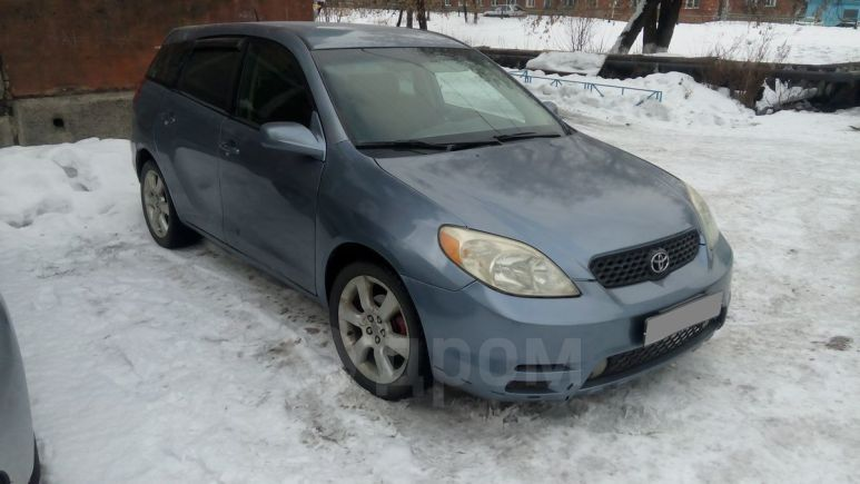 Toyota Matrix, 2002 год, 299 000 руб.