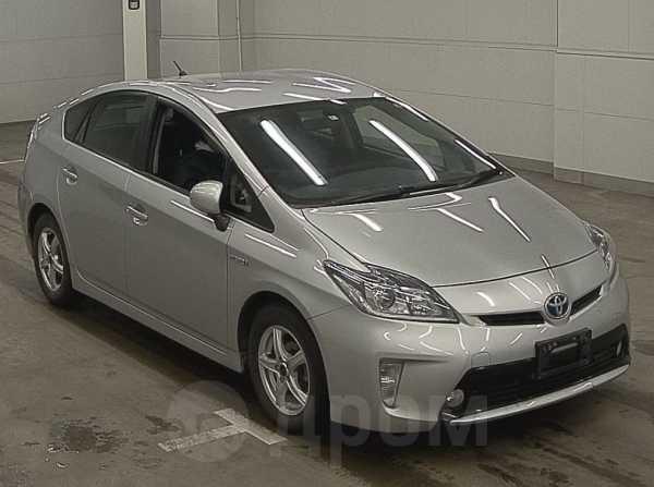 Toyota Prius, 2014 год, 885 000 руб.