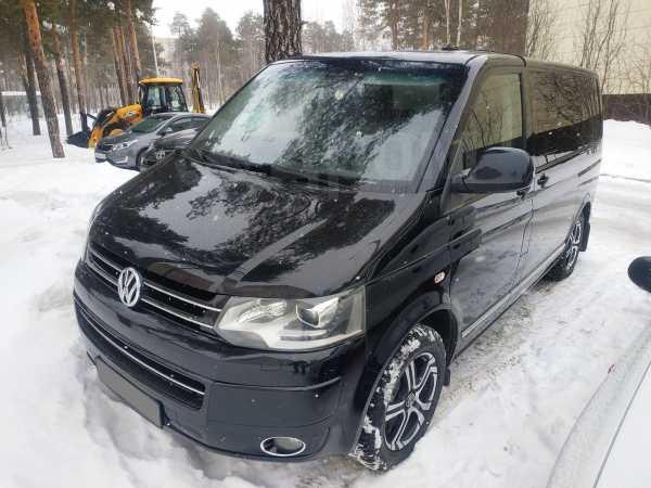 Volkswagen Multivan, 2011 год, 2 000 000 руб.