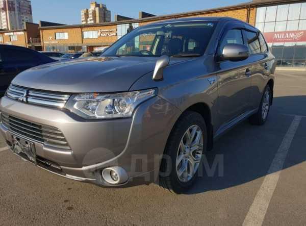 Mitsubishi Outlander, 2013 год, 555 000 руб.
