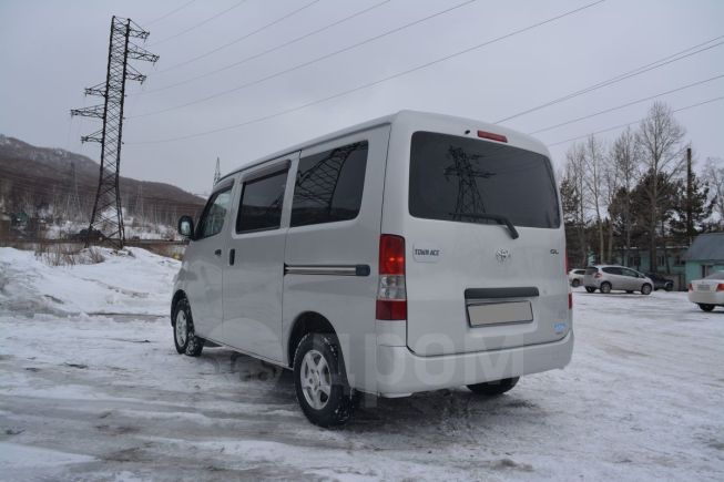 Toyota Town Ace, 2013 год, 550 000 руб.