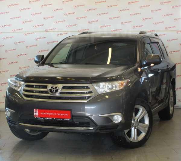 Toyota Highlander, 2011 год, 1 120 000 руб.