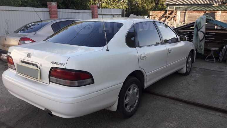 Toyota Avalon, 1995 год, 265 000 руб.