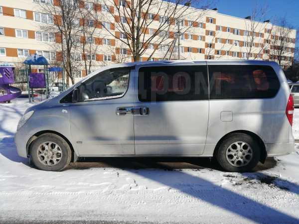 Hyundai Grand Starex, 2008 год, 695 000 руб.