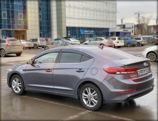 Hyundai Elantra, 2017 год, 950 000 руб.