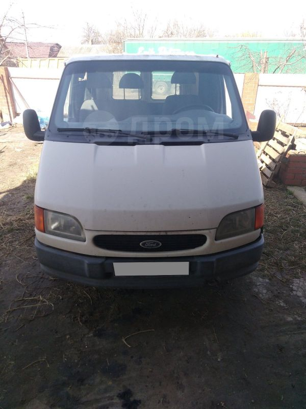 Ford Tourneo Connect, 1997 год, 160 000 руб.