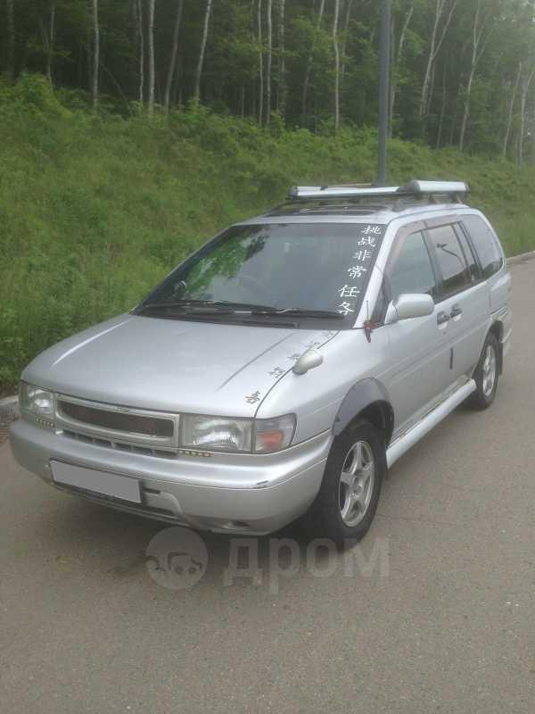 Nissan Prairie Joy, 1997 год, 130 000 руб.