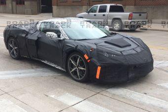 Проблемный Chevrolet Corvette C8 получил компоновку моторного отсека, как у Porsche 918