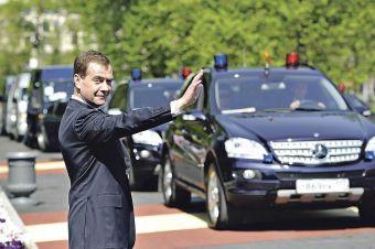 Многие чиновники декларируют по несколько автомобилей одной марки на семью