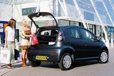 Свыше 10 тысяч Peugeot и Citroen отправятся под отзыв из-за проблем с дверцей багажника