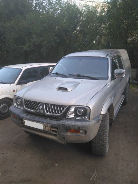 Mitsubishi L200 2005 - отзыв владельца