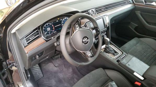 Volkswagen Passat 2016 - отзыв владельца