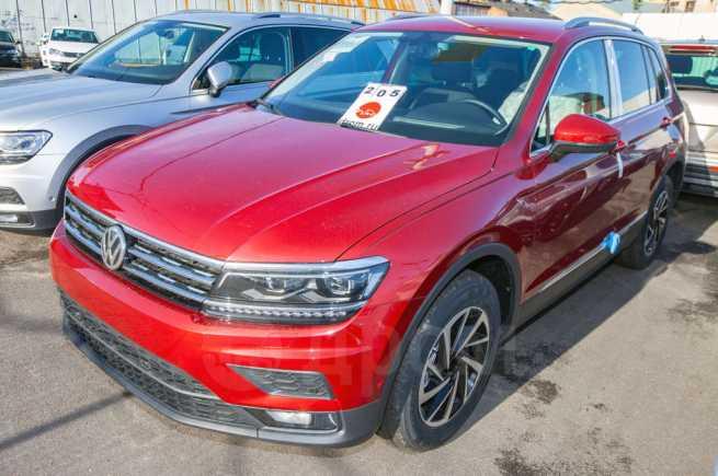 Volkswagen Tiguan, 2019 год, 2 031 900 руб.