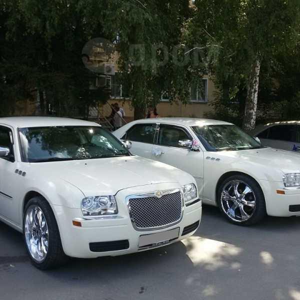 Chrysler 300C, 2007 год, 850 000 руб.