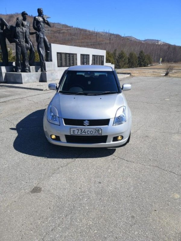 Suzuki Swift, 2005 год, 295 000 руб.