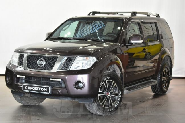 Nissan Pathfinder, 2011 год, 949 000 руб.