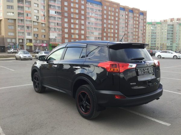 Toyota RAV4, 2015 год, 1 369 000 руб.