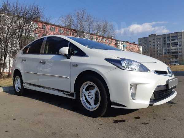 Toyota Prius PHV, 2012 год, 890 000 руб.