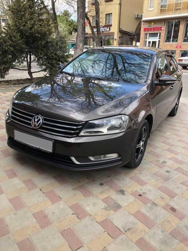 Volkswagen Passat, 2012 год, 560 000 руб.