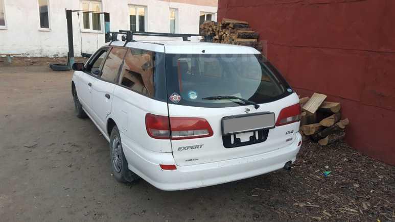 Nissan Expert, 2001 год, 240 000 руб.